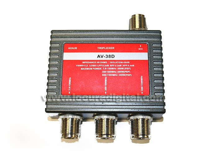 AVAIR AV38D Triplexor 1 enters., 3 depart. 1.6 to 160 MHz Mhz./350-550 Mhz./850-1300