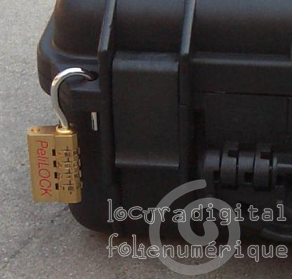 1120-000-110 proteci?ag Black with foam.