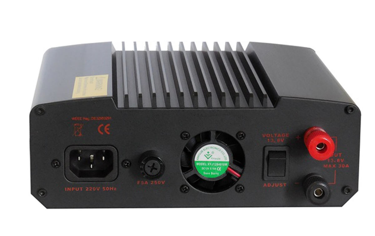 SPS 350II MAAS Fuente Alimentación Conmutada 8 a 15 volts.30 Amperios. Con Display