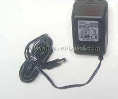 BC174 ICOM Adaptador de pared de 220 voltios para cargador BC-173
