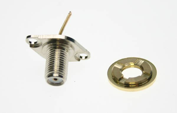 LUTHOR RECTL55SMA SPARE PART. CHASSIS ANTENNA CONNECTOR FOR LUTHOR TL 55 HANDHELD