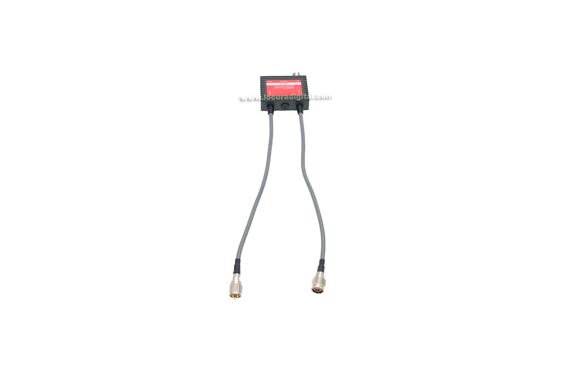 AV35C AVAIR Duplexor 1 entrada , 2 salidas 1,6-30 Mhz./ 49-470 Mhz.