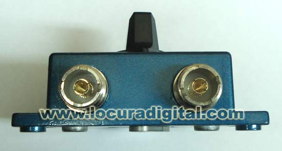 CO201 2-WAY COAXIAL SWITCH. PL switch for 2 antennas.