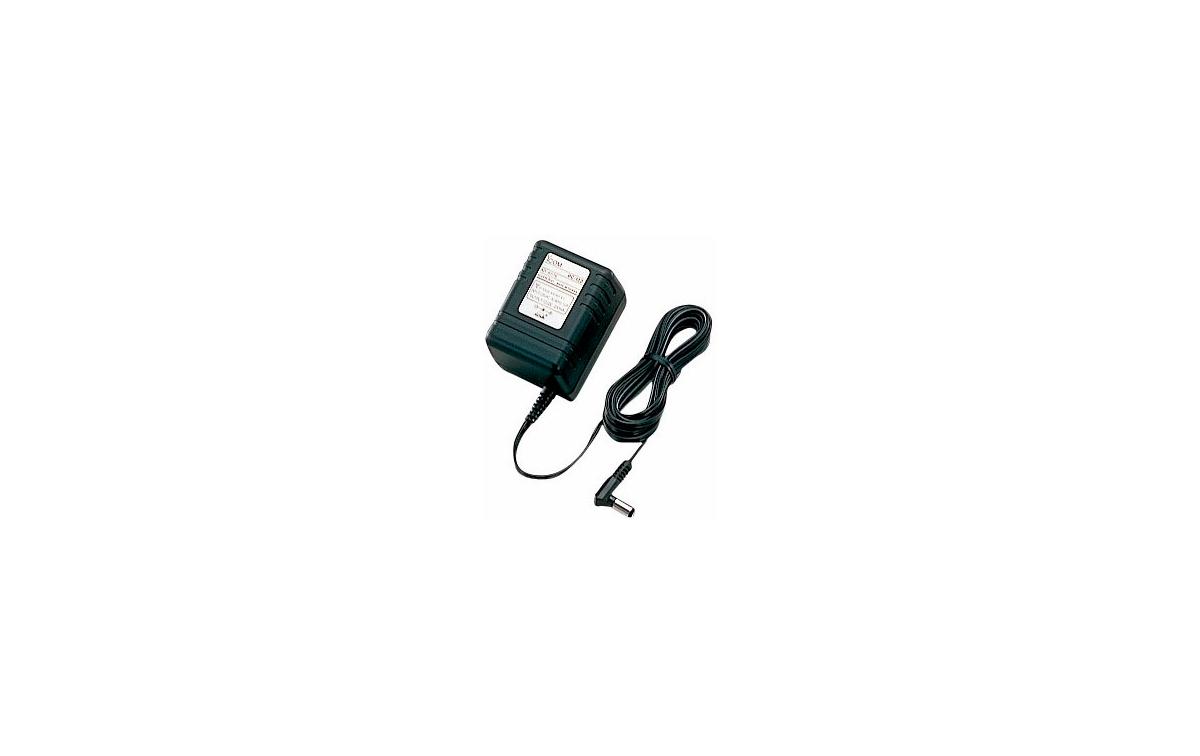 BC145 ICOM Adpatador de corriente 220 voltios a 16 voltios, 1000 mAh para BC-119N, BC-144 y BC-160