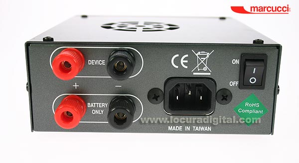 HOXIN SS-825BC Switching Power Supply. 13,8 volts / 22 - 25 amps. Equipped with an UPS system.