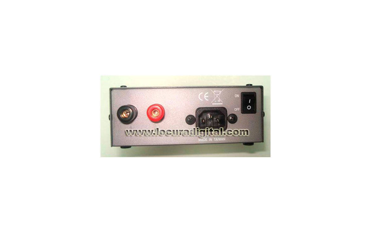 LAFAYETTE SS815. Switching Power Supply. 220v / 4 - 16v / 13 - 15 amps.