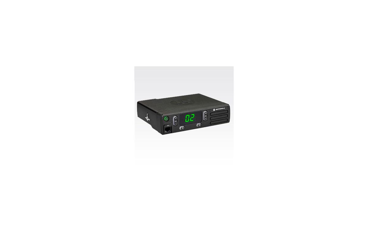 dm1400uhfa motorola emisora analogica actualizable a digital uhf 403-470 mhz.16 canales.