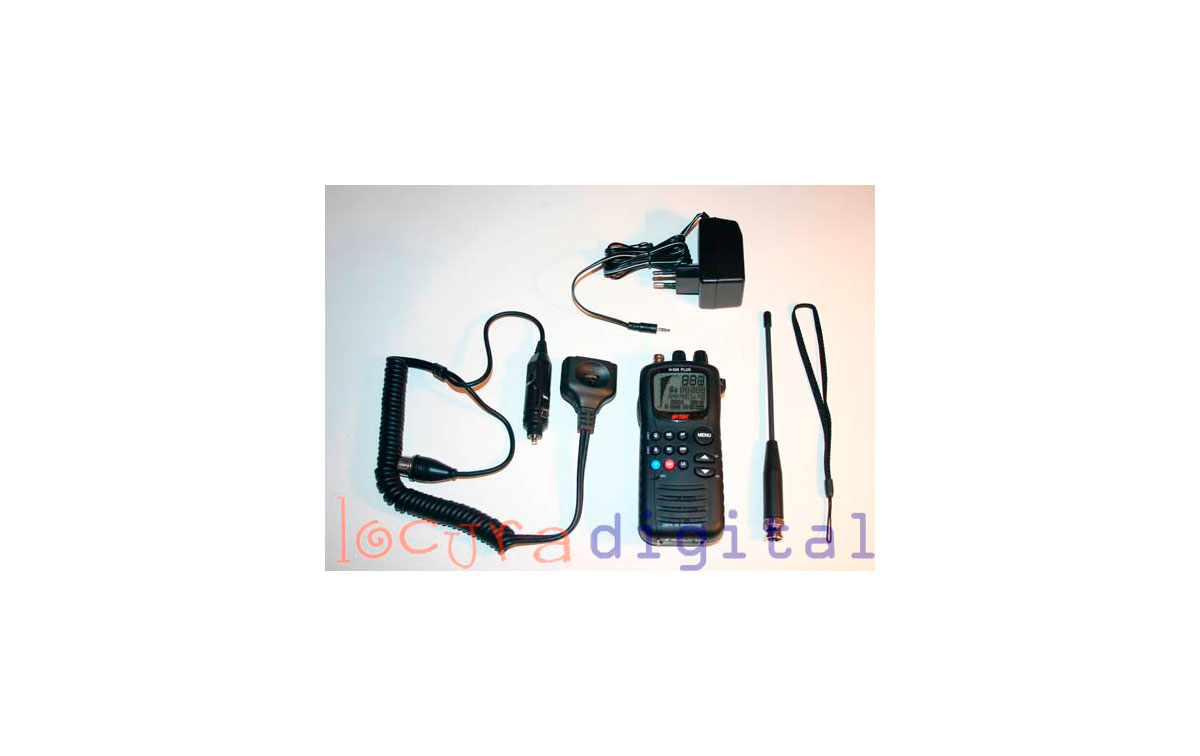 INTEK H-520 PLUS AM-FM 4Watts MULTISTANDARD CB 27 MHz HANDHELD + CHARGER + ACCESSORIES