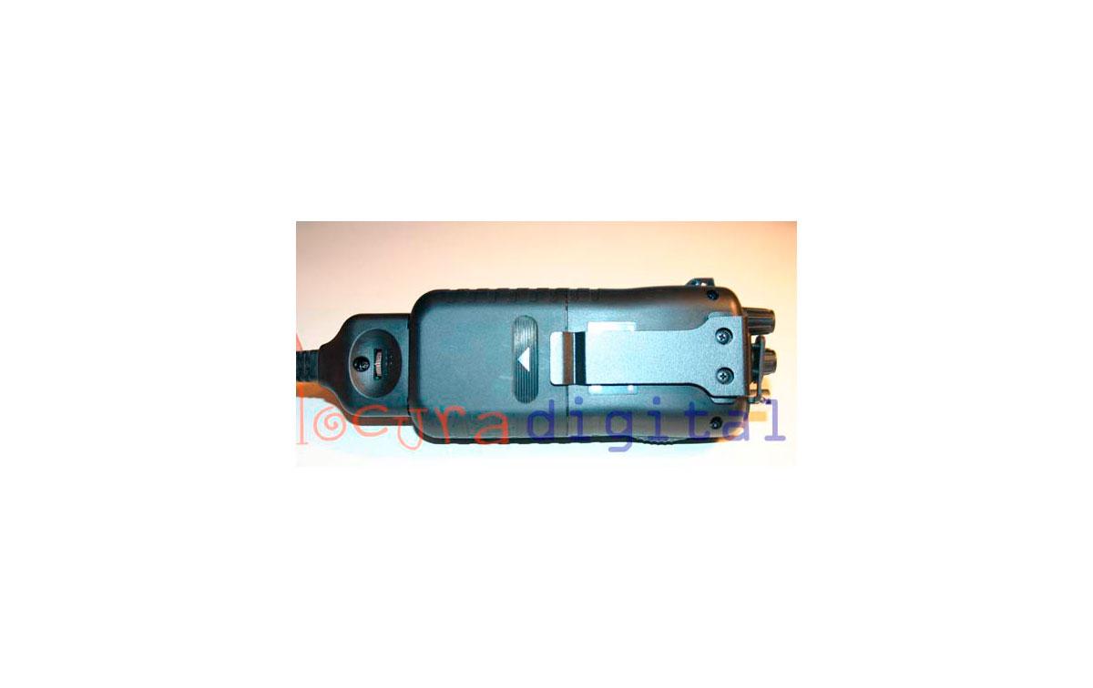 INTEK H-520 PLUS AM-FM 4Watts MULTISTANDARD CB 27 MHz HANDHELD + CHARGER + ACCESSORIES