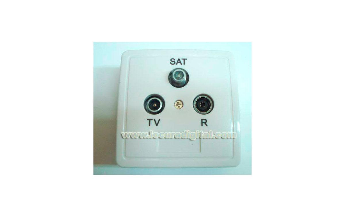 MP7652 Toma de antena FI / TV / FM Ubica 2dB Paso DC