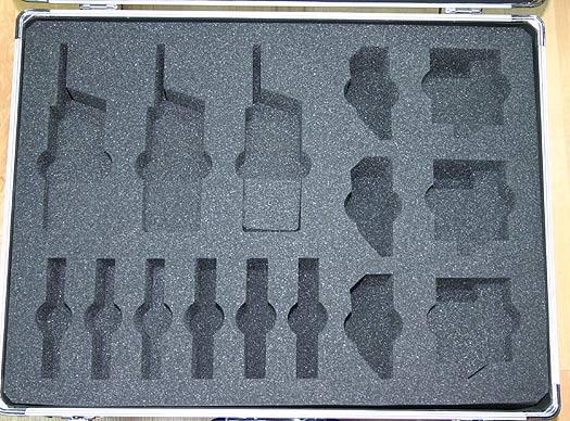 MALETA 6K. Maleta de transporte acolchada para los Kenwood TK 3201 capacidad 6 walkies + 6 cargadores + 12 barerias.