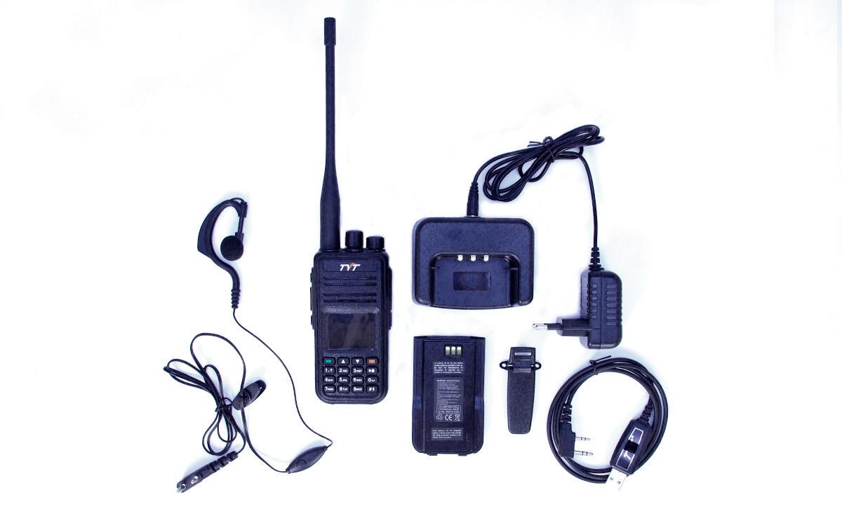 TYT MD-UV380-GPS completo con pinganillo y cable de programacion