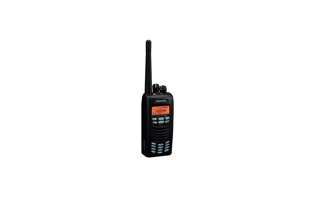 KENWOOD NEXEDGE NX-300E Walkie talkie digital  y analogico UHF 400 - 470 mhz.  CON TECLADO