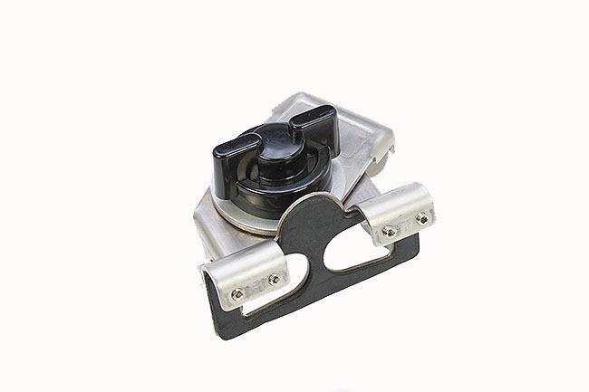 SP115M MIRMIDON Soporte universal para antenas, ideal para maletero, porton, etc.... multi-articulado, color plata