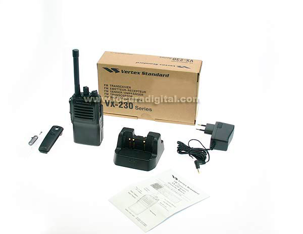 vx231 vhf vertex standard walkie profesional uhf 400 - 470 mhz 16 canales. bateria fnb- v132 dc 7,2 v 2300 litio cargador inteligente