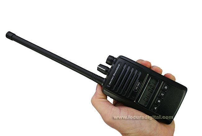 VERTEX STANDARD VX-264 VHF WALKIE PROFESIONAL CON TECLADO 136- 174 MHz. NORMATIVA IP-55/ MIL810 CDEFG.