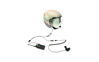 KIM 66 Y2. Kit especialmente dise�ado para uso en motocicletas con casco que no son integrales. El microfono lleva una pertiga flexible.