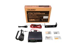 FTM3200E YAESU Equipo movil Amateur 144-146 Mhz. 65 watios. Anal�gico y Digital C4FM