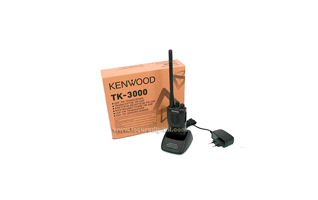 TK3000E KENWOOD Walkie profesional VHF 16 canales programable.