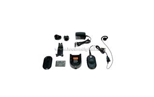 CLP446 MOTOROLA Walkie compacto de USO LIBRE PMR446, tama�o reducido