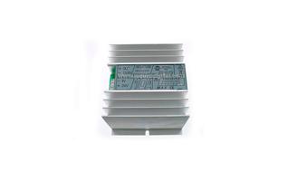 R10 ZETAGI reductor de tensión ZETAGI de 24 a 12 voltios 10 amp, autoprotegido