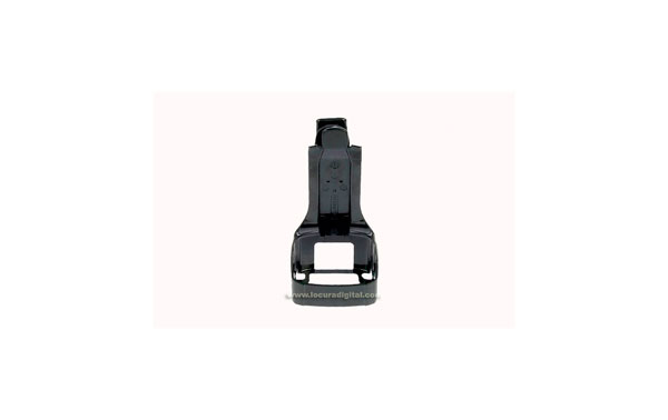 PMLN6653A  Soporte cinturon para walkie motorola  XT-220