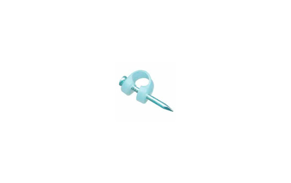 AC0741. Staple for coaxial cable of television antenna with steel nail. Popularly known as Berlines.