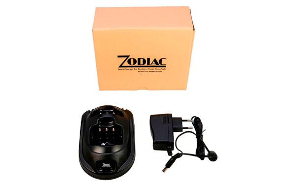 Z47206 ZODIAC Cargador baterias doble para PROLINE+, TEAM PRO+, SAFE, E-TECH IRIS. Color Negro