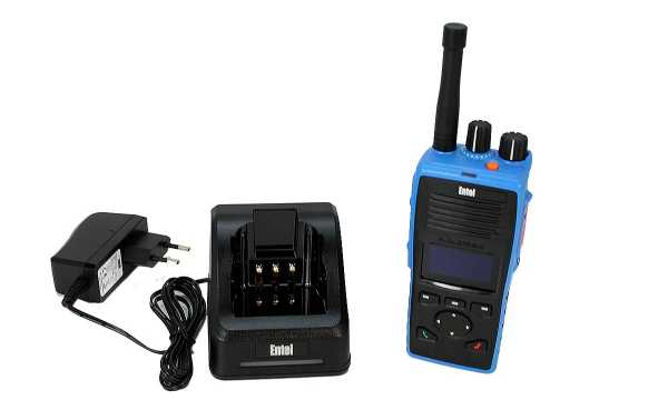DT-953 ENTEL Walkie Talkie PMR-446 Digital - Analogico Uso Libre  ATEX.