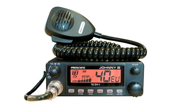 PRESIDENTE JOHNNY III CB 27 Mhz. 40 canais AM 12 e 24 volts