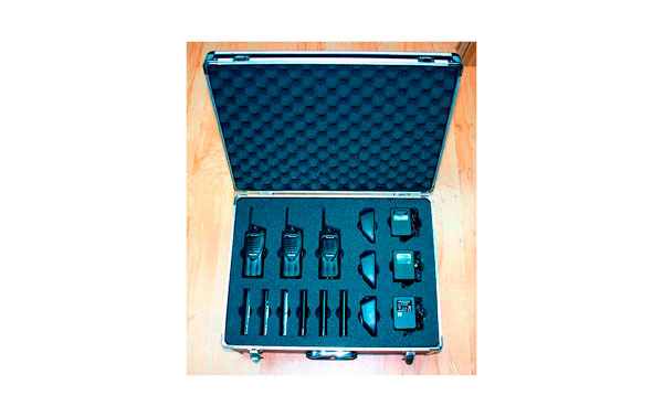 SUITCASE 3K. Padded carrying bag for Kenwood walkie TK 3201 Capacity 3 + 3 + 6 battery chargers.