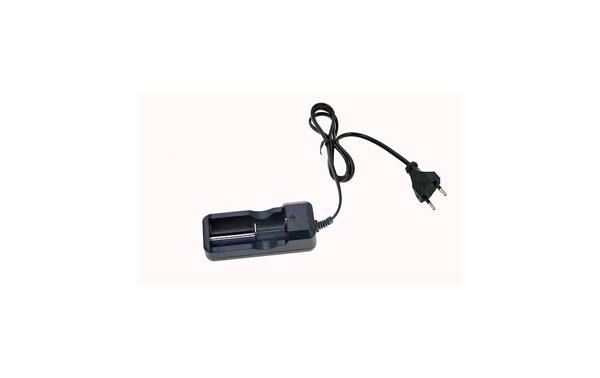 BARRISTER MAX11 CAR105LI Cargador de baterias de Litio universal  valido para bateria CR123 etc.