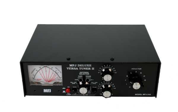 MFJ 948 Antenna coupler HF 1,8- 30 Mhz with wattmeter and ROE