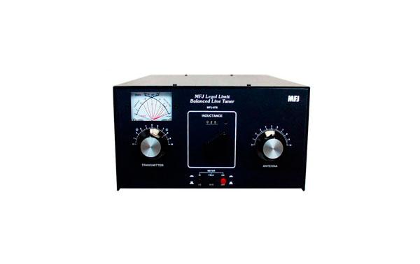 MFJ976 MFJ Acoplador manual para linea paralela 1500 W 1.8-30 MHz.