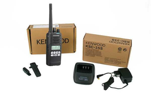 Walkie-talkie Kenwood NX1300NE2 com display digital UHF 400-470 Mhz NEXDEGE