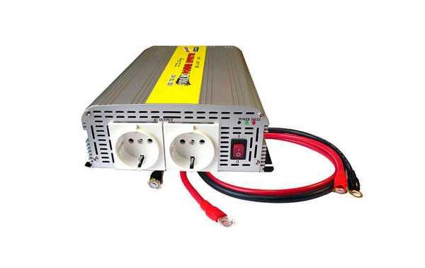 WHS 800 24. Inversor con un suave inicio incorporado desde 24 volt directos a 230 volt/50 hz de voltage alterno.  Potencia 800 WATIOS Maxima